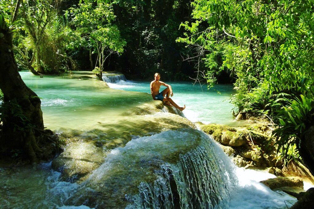 Wanneer je gaat backpacken in Laos is Kuang Si de plek waar je wil zwemmen!