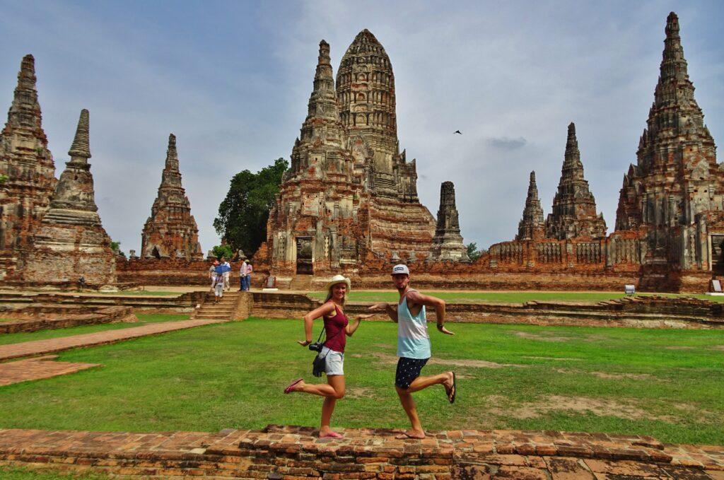 Backpacken in Noord-Thailand begint in Ayutthaya, de prachtige oude tempelstad.