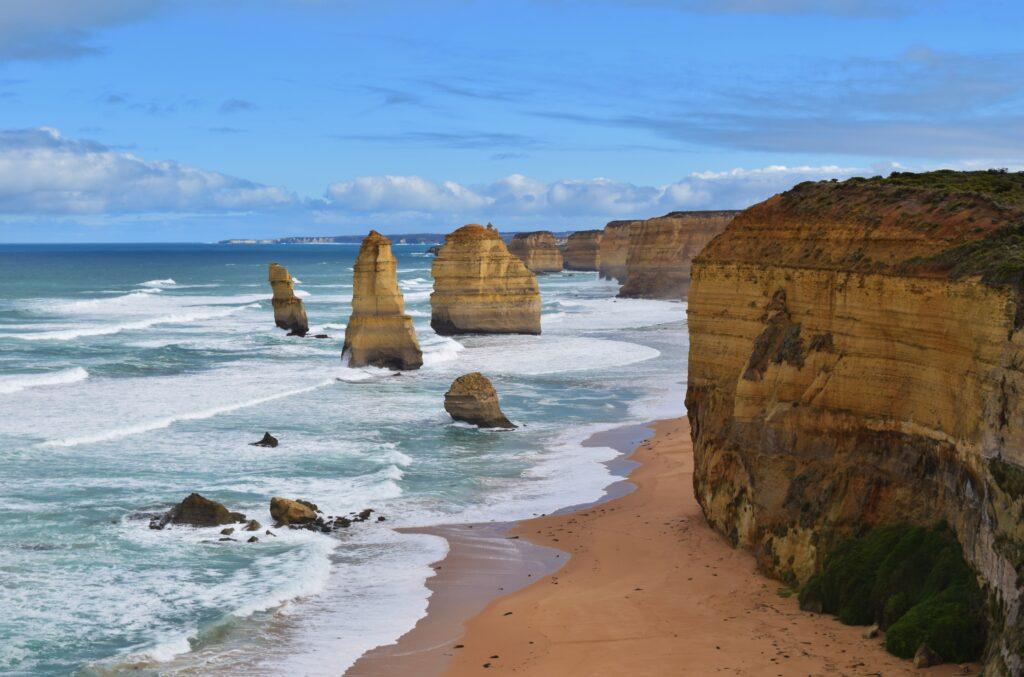 Het uitzicht over de twaalf apostelen langs de Great Ocean Road, Australië
