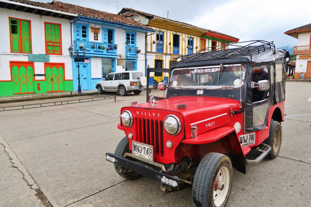 Jeep tour Salento Colombia Valle de Cocora